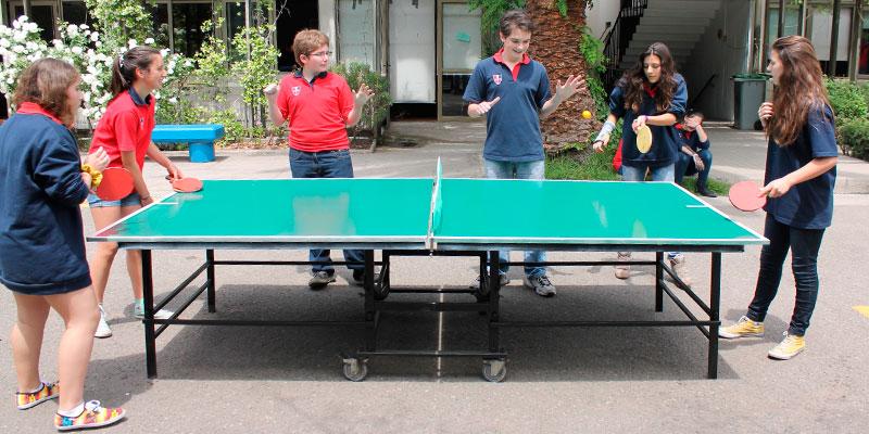 Cu les son las mejores mesas de ping pong para colegios y polideportivos ofertas de mesas de - Mesas de pinpon ...