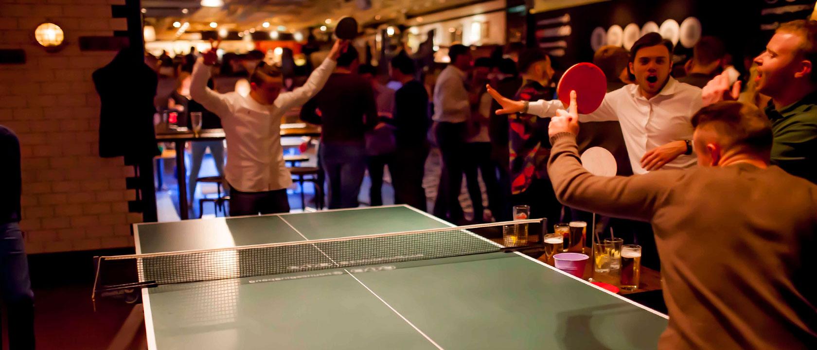 Mesa de ping pong ideas de decoraci n para un bar o pub for Mesa ping pong carrefour