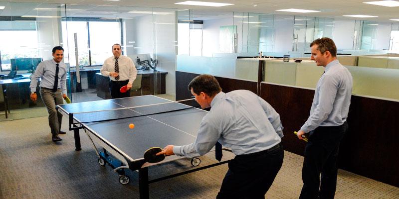 mesa ping pong como el antistress de la oficina